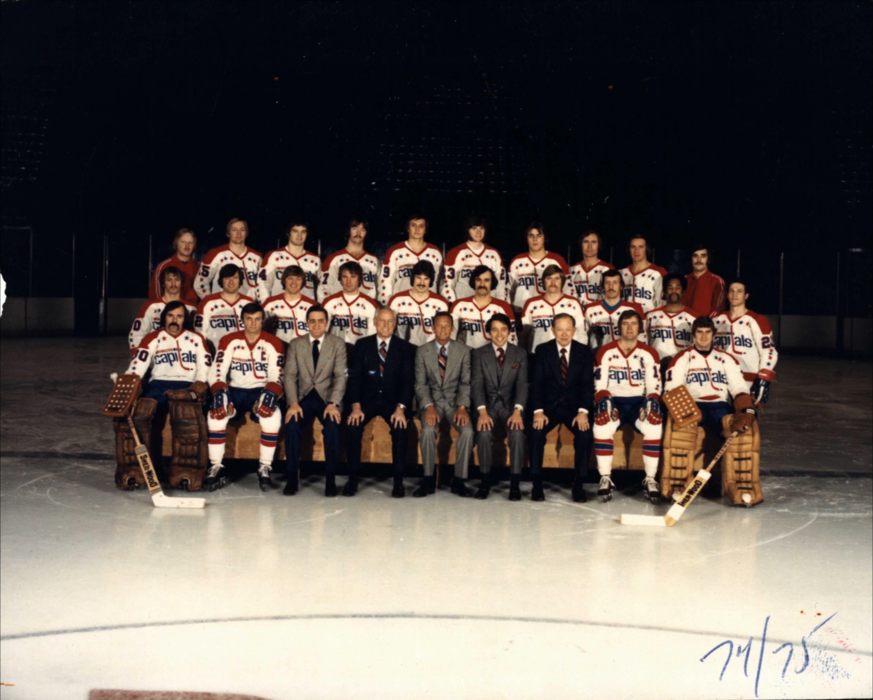 1974-75 Caps