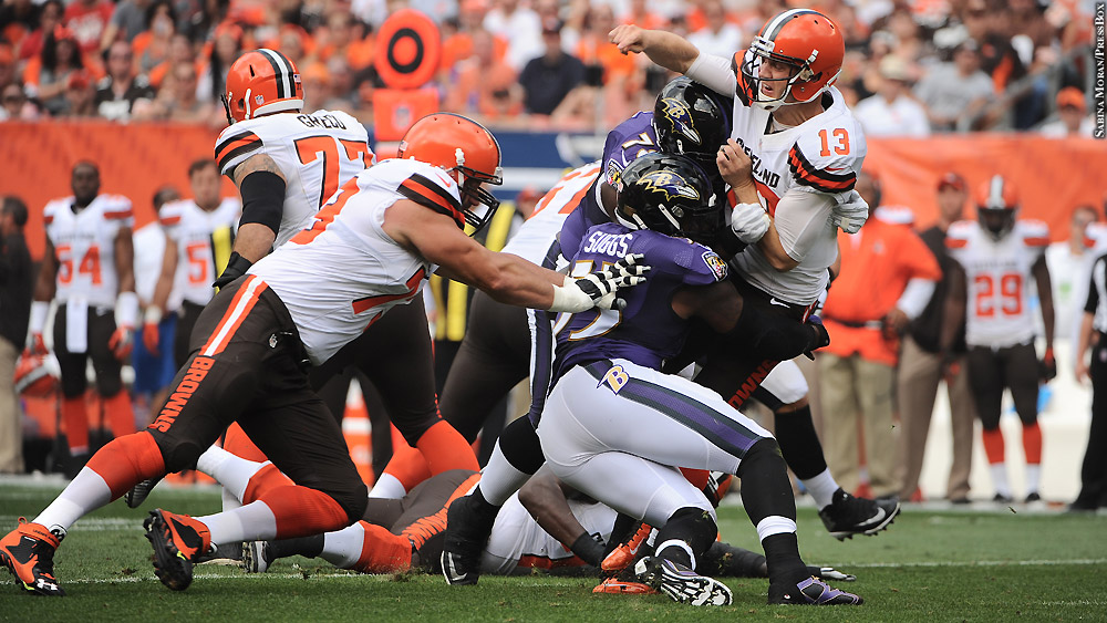 Ravens-2016-week-two-vs-browns-terrell-suggs-josh-mccown