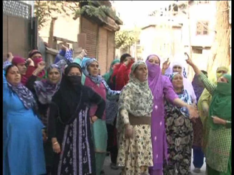 Image of कश्मीर में फिर भड़की हिंसा