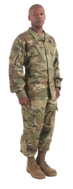 deployed-airmen-wait-for-new-uniforms