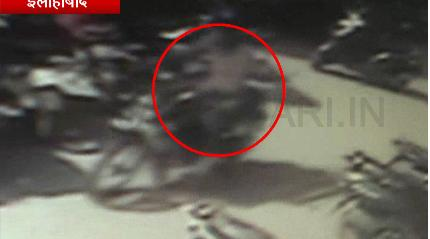 Image of चोर ने किया बाइक पर हाथ साफ