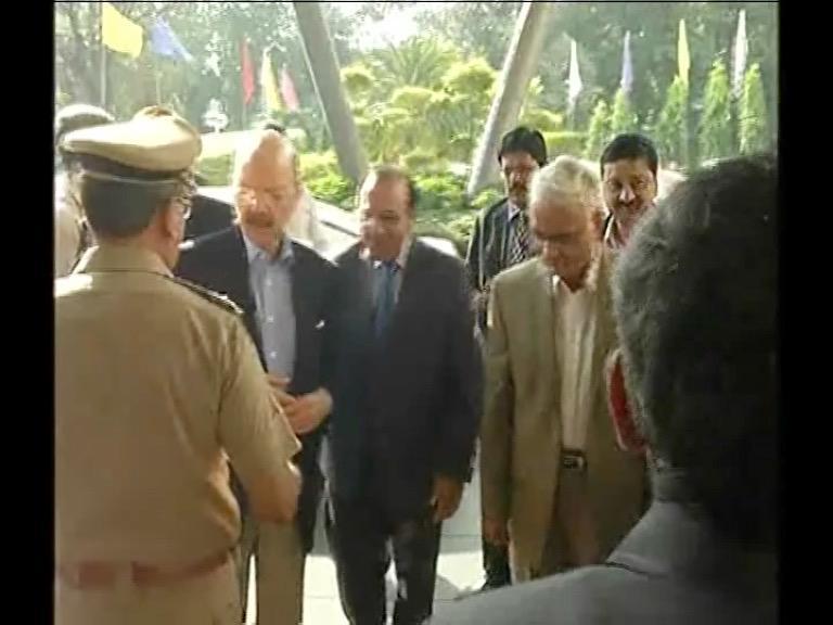 Image of भारतीय चुनाव आयोग ने राजनीतिक पार्टी से की ख़ास मीटिंग