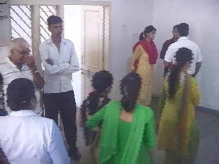 Image of  एक साथ हुई थी 4 गर्भवती महिलाओं की मौत, 4 महीने बाद जागा स्वास्थ्य विभाग