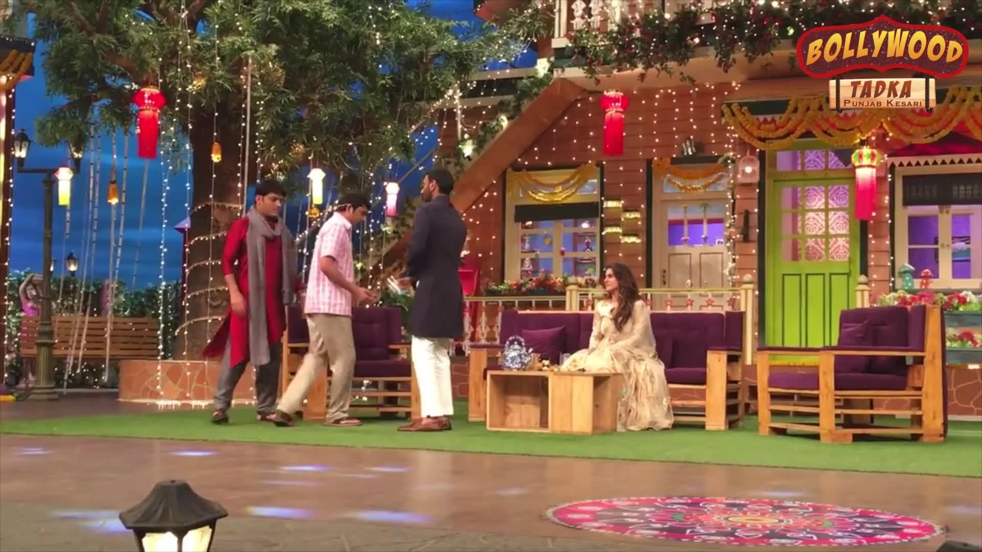 Image of कपिल शर्मा के शो में अजय देवगन ने चंदू की पैंट को कर दिया गीला, देखें जबरदस्त प्रैंक
