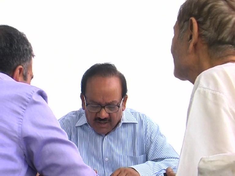 Image of दिल्ली : केन्द्रीय मंत्री डॉ. हर्षवर्धन ने लगाया जनता दरबार