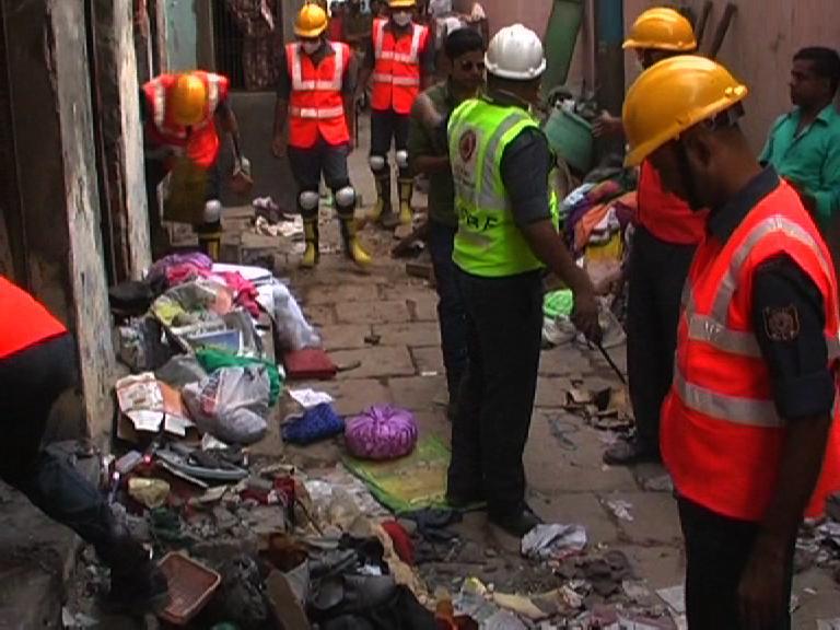 Image of सपा नेता के घर में चल रही अवैध पटाखा फैक्ट्री में ब्लास्ट, 5 की मौत