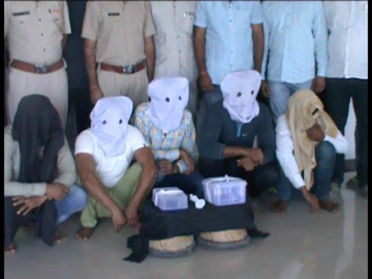 Image of हत्या के मुख्य गवाह को मारने आए 5 बदमाश काबू